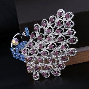 Large peacock pin